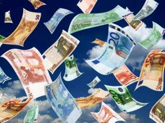 Ploaie cu bani la un camping din Mecklenburg, estul Germaniei. Poliția a recuperat 200.000 de euro | Ziarul Românesc Germania - știri pentru românii din Germania