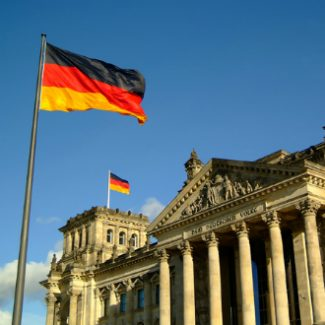 germany-berlin-reichstag-700x450