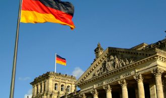 germany-berlin-reichstag-700x450