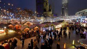 lkw-erfasst-passanten-an-berliner-weihnachtsmarkt-ein-toter-image-1-image_620x349