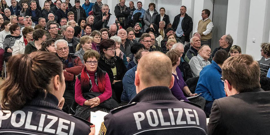 Locuitorii din Bad Dürrenberg sunt disperați, s-au întâlnit cu poliția și primarul pentru a găsi soluții