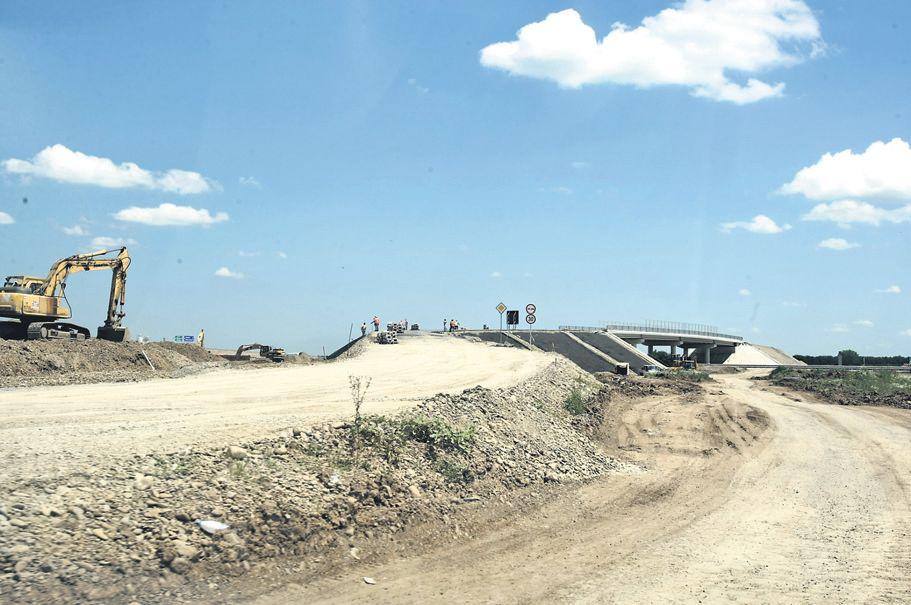 Autostradă neterminată, un fenomen des întâlnit în România