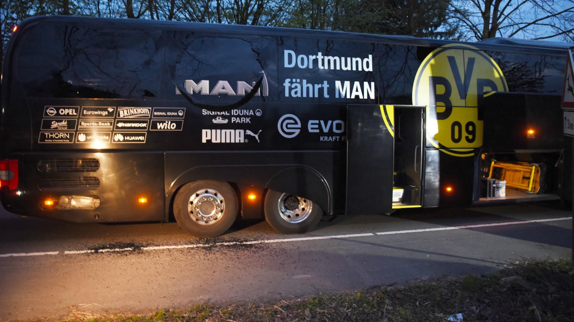 Autocarul echipei Borussia Dortmund