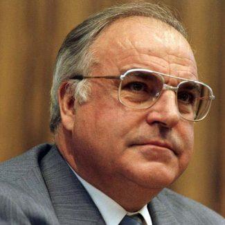 23.1.1987 Pressekonferenzen der Parteivorsitzenden bzw. Kanzlerkanditaten zum Abschluß des Bundestagswahlkampfes - im Saal der Bundespressekonferenz.