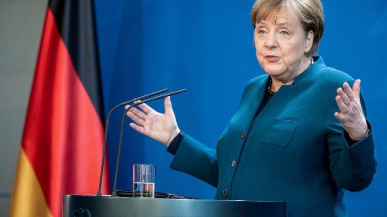 Merkel relaxarea restricţiilor