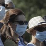 Politistii civil masca