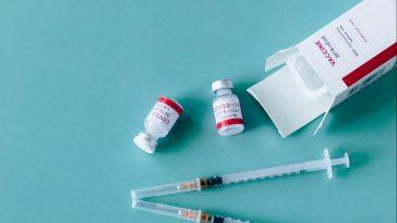 a treia doza vaccin