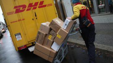 furt colete DHL